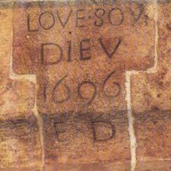 Inscription sur cheminée