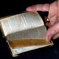 Bible dite de chignon (XVIIIe siècle)