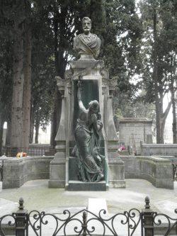 Monument funéraire de Frédéric Bazille au cimetière protestant de Montpellier