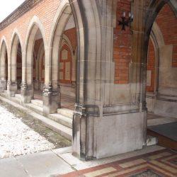 Arcades du cloître du temple de Reims (51)