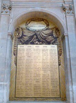 Monument aux morts (Oratoire du Louvre) Paris