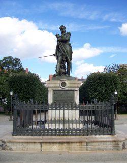 Le général Cambronne, statue