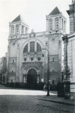 Le temple (1943), place de Gigant, quelques mois avant sa destruction