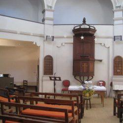 <i>Intérieur du temple de Mialet</i>