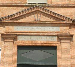 Entrée de l'ancienne faculté de théologie protestante de Montauban - (1809-1919)